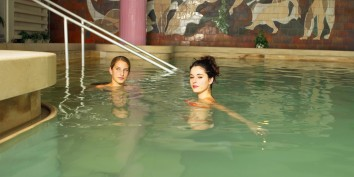 mirror pool healing thermal water therapy clinic slovakia teplice